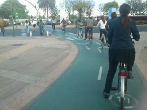 Movilidad ciclista: un día cualquiera llegando a la Barqueta...